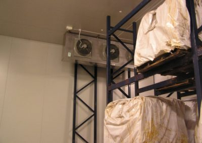 Installation of large cool room with storage tanks for fluid chillers